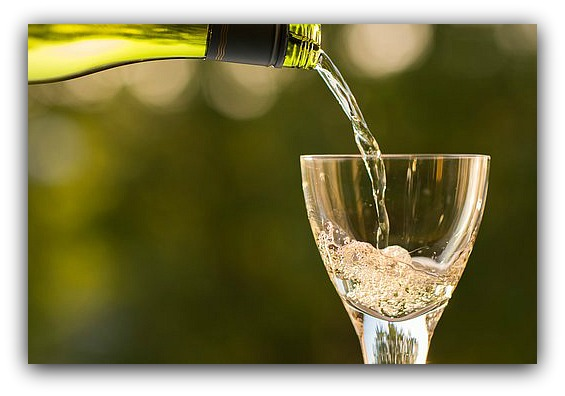 bottle-1836261__340